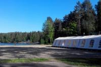 Корпоративный шатер на берегу озера Суходольское