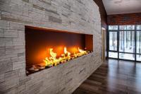 Банкетный зал с камином