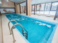 СПА-отели, загородные базы, комплексы отдыха с бассейном