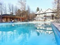 спа отель с открытым бассейном